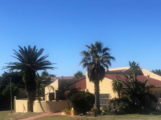 Property For Sale in Melkbosstrand, Melkbosstrand 13