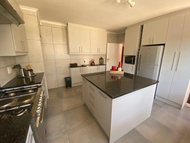 Property For Sale in Duynefontein, Melkbosstrand 11