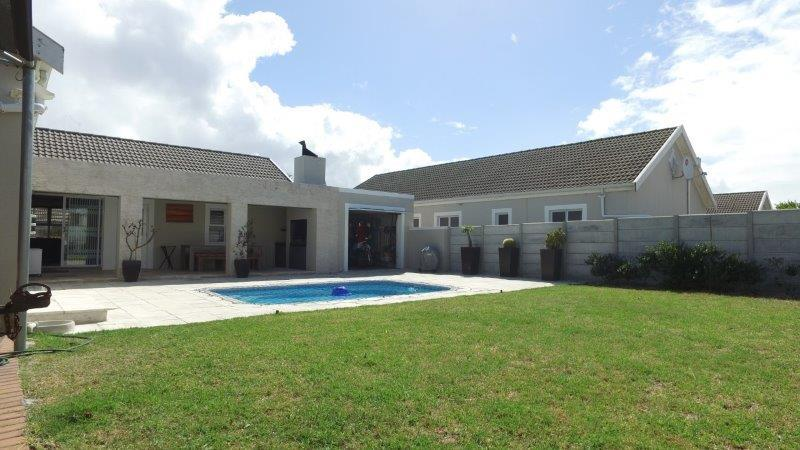 Property For Sale in Sunningdale, Cape Town 1