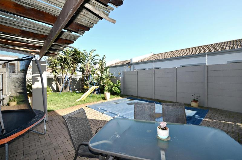 Property For Sale in Parklands, Cape Town 21