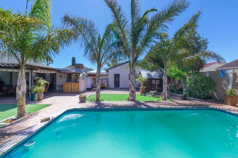 Property For Sale in Duynefontein, Melkbosstrand 4