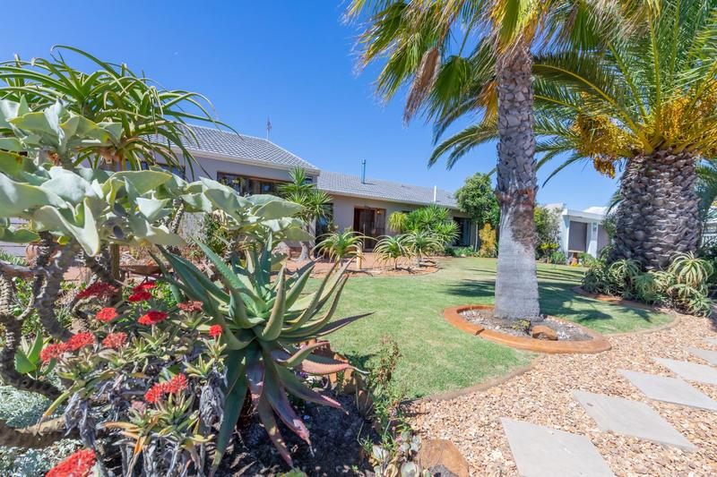 Property For Sale in Duynefontein, Melkbosstrand 43