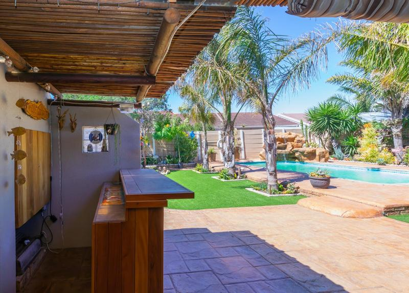 Property For Sale in Duynefontein, Melkbosstrand 37